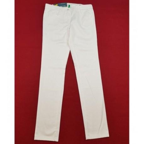 Csinos törtfehér nadrág (158-164)