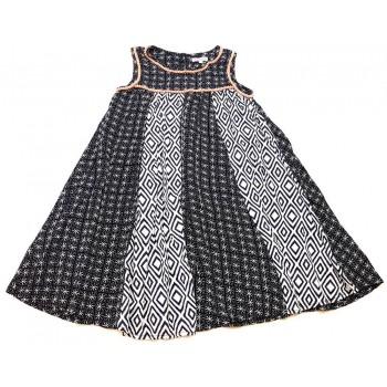 Fekete-fehér mintás ruha (140)