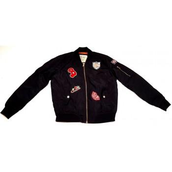 Feliratos fekete kabát (164-170)